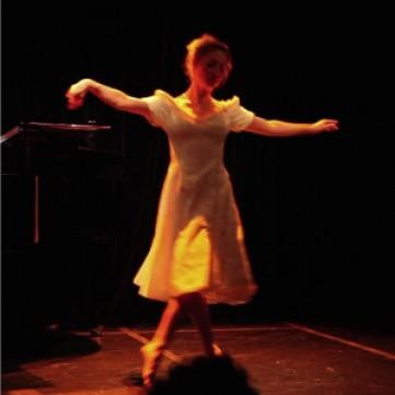 irina danse rec light.jpg